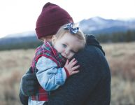 Comfort, play, teach: 10 tips to comfort your toddler